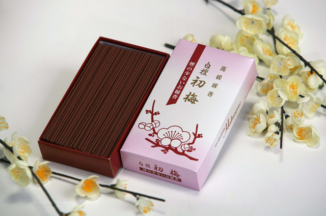 ENSHO BYAKUDAN HATSUUME(Few Smoke / Sandalwood fragrance)